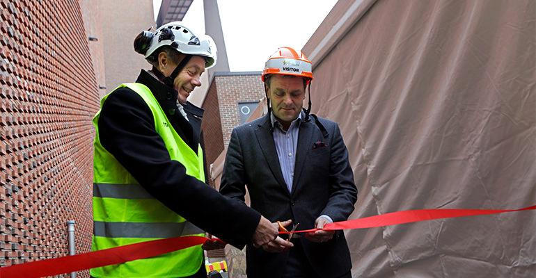 inauguración caldera en Finlandia